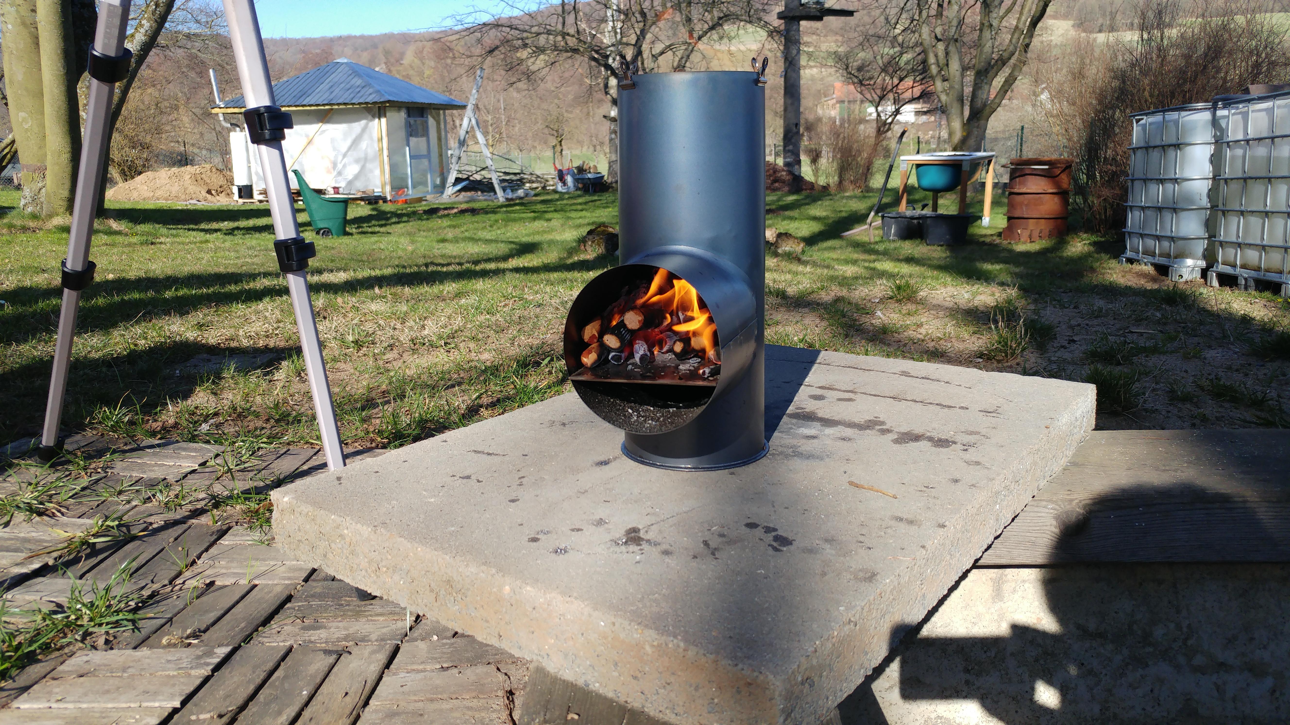 Eigenbau eines rocket stove raketenofen for Grill selber bauen einfach